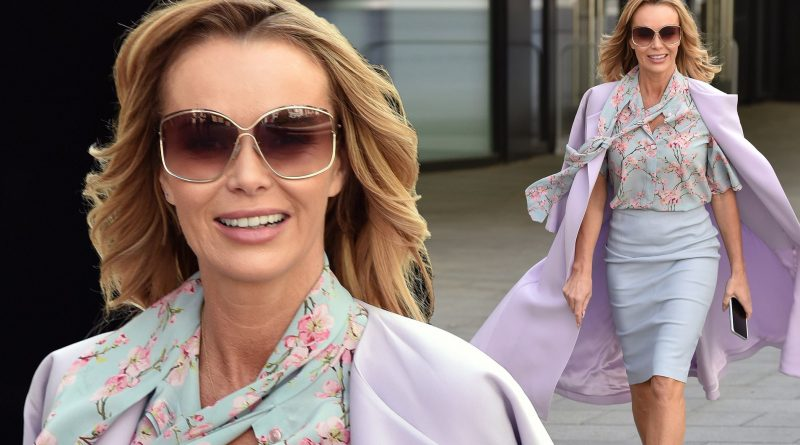 Amanda Holden prettiest pastel outfit