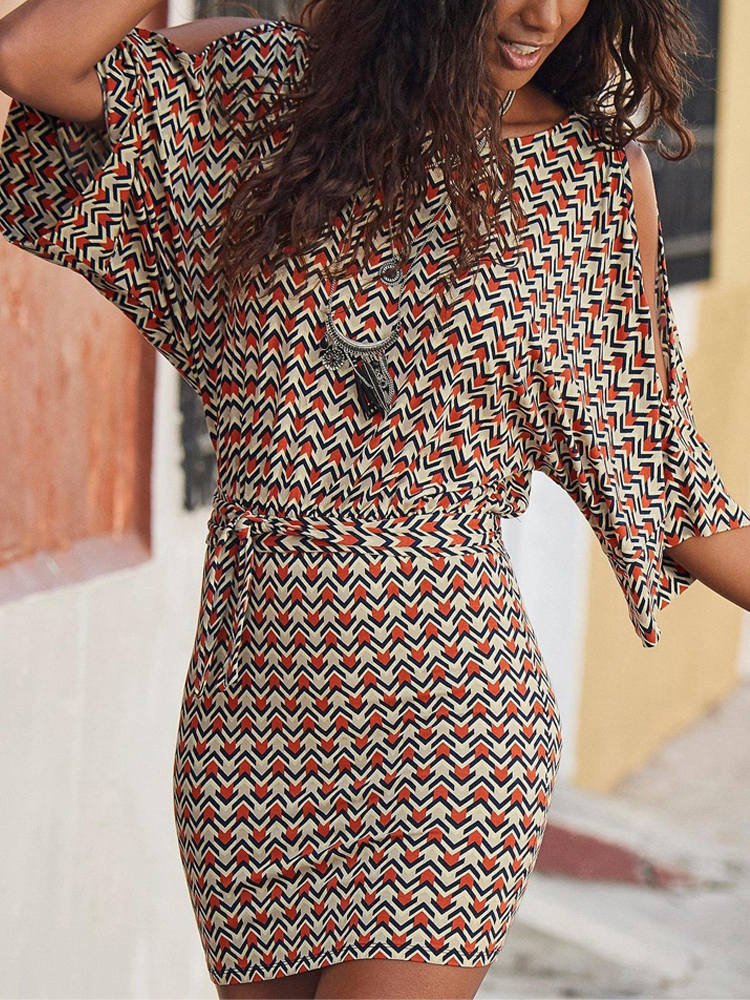 Women Geometry Stripe Flared Sleeve Slimming Dresses With Belt